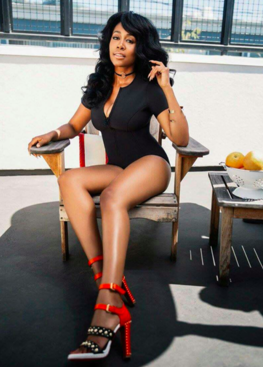 Simone Missick Sexy and hot long legs